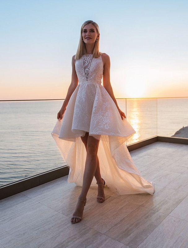 Удобное короткое свадебное платье